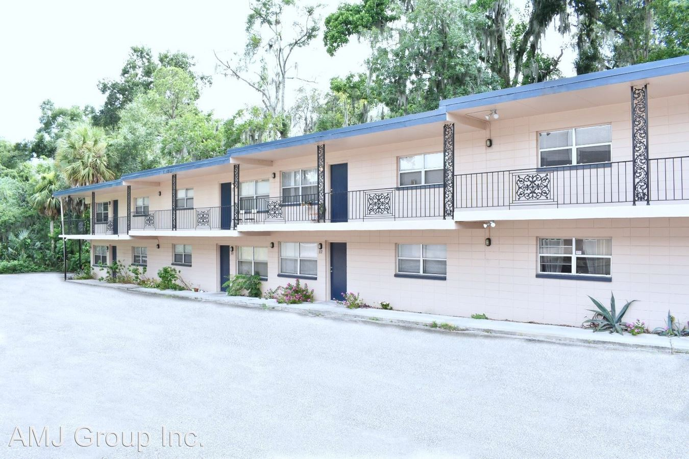 2 Bedrooms 1 Bathroom Apartment for rent at Sw 5th Avenue in Gainesville, FL