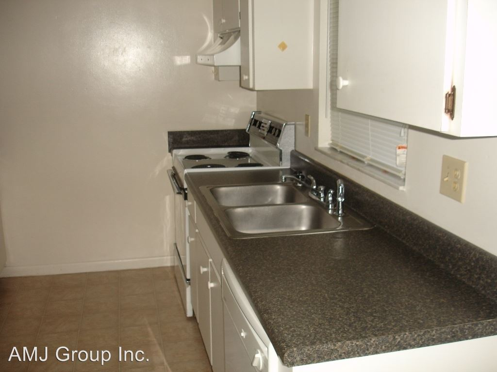 2 Bedrooms 1 Bathroom Apartment for rent at Villages Of Sante Fe in Gainesville, FL