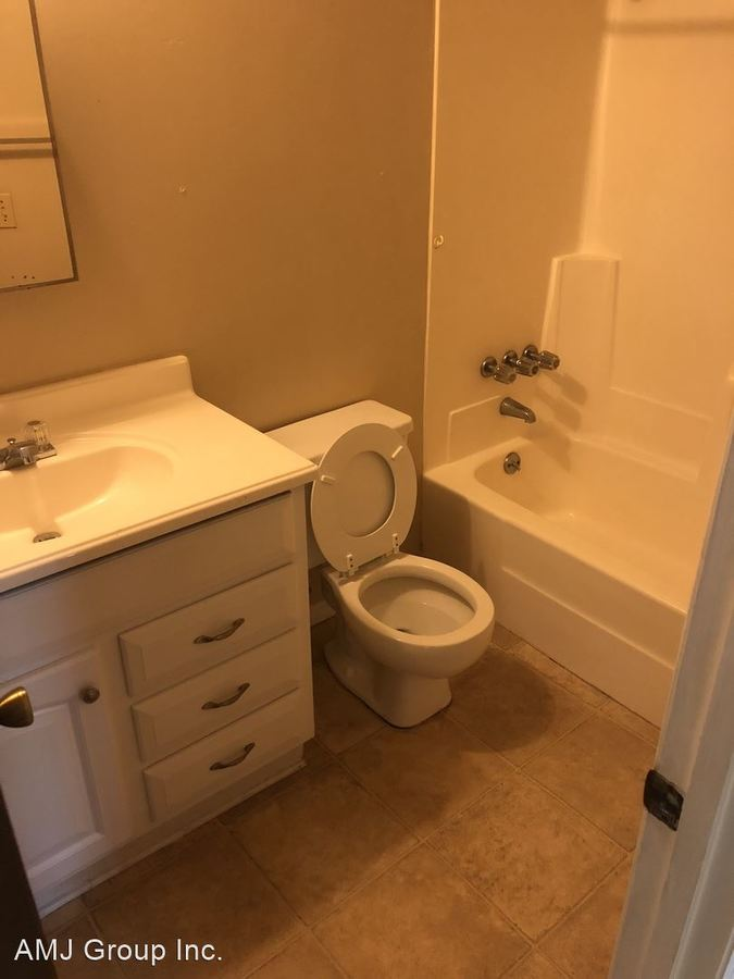 1 Bedroom 1 Bathroom Apartment for rent at Nw 64Th Place - Nw 25Th Terrace in Gainesville, FL
