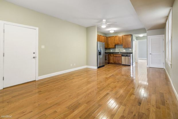 2 Bedrooms 1 Bathroom Apartment for rent at 4370 Manchester Ave in St Louis, MO