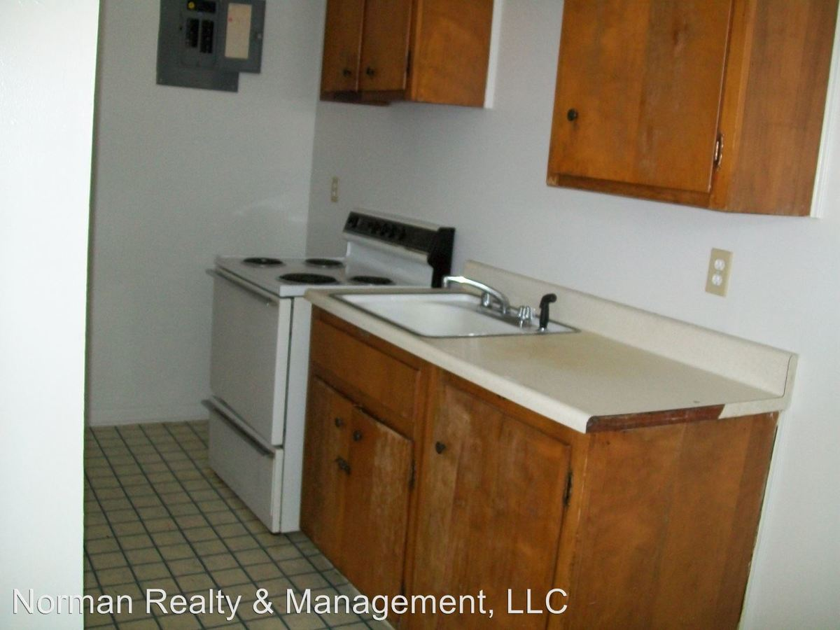1 Bedroom 1 Bathroom Apartment for rent at 128 Gause Street in Hinesville, GA