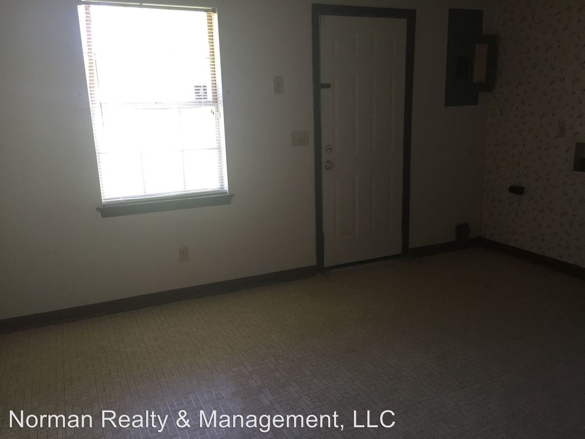 2 Bedrooms 1 Bathroom Apartment for rent at Live Oak Drive in Hinesville, GA