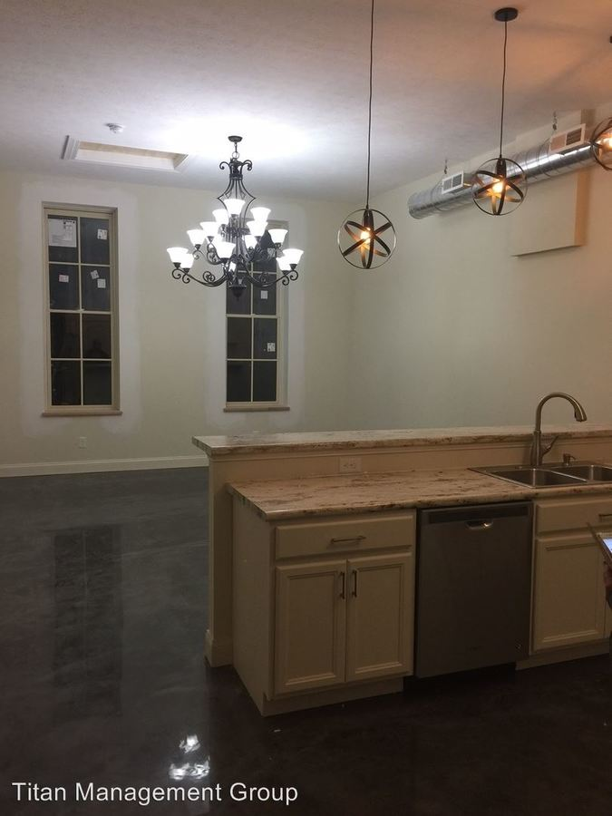 1 Bedroom 1 Bathroom Apartment for rent at 916-928 Main Street in Lafayette, IN