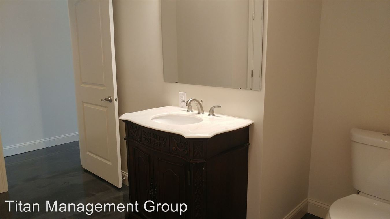 2 Bedrooms 1 Bathroom Apartment for rent at 916-928 Main Street in Lafayette, IN