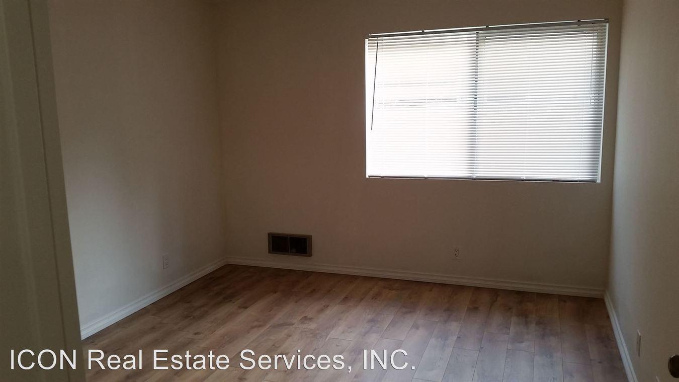 1 Bedroom 1 Bathroom Apartment for rent at 22816 Edmonds Way in Edmonds, WA