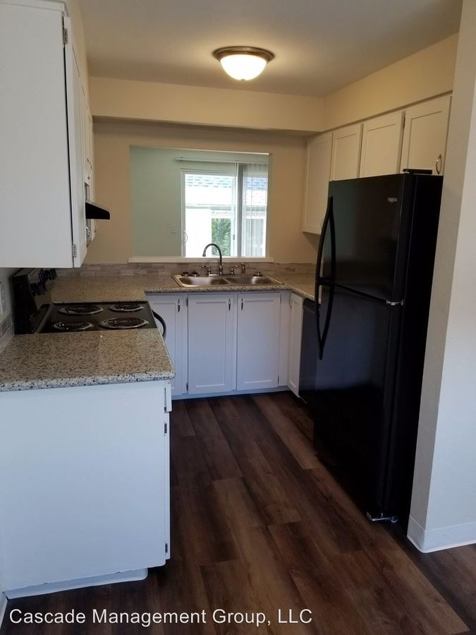 2 Bedrooms 1 Bathroom Apartment for rent at 1896 Ne Hwy 99w in Mcminnville, OR