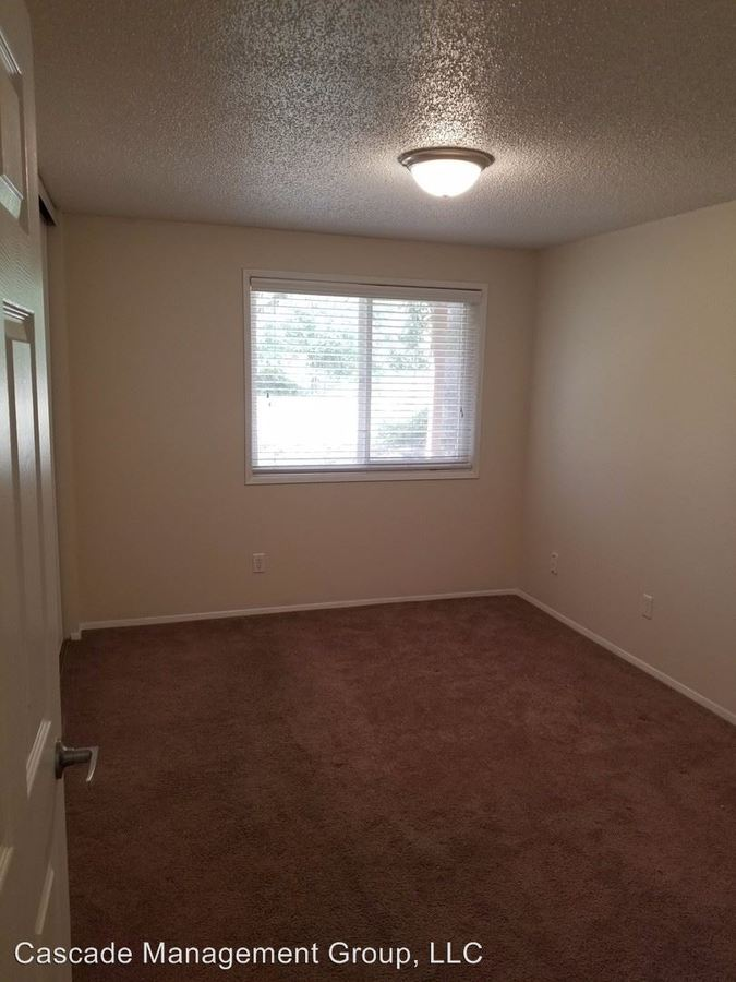 1 Bedroom 1 Bathroom Apartment for rent at 2048 Ne Highway 99w in Mcminnville, OR