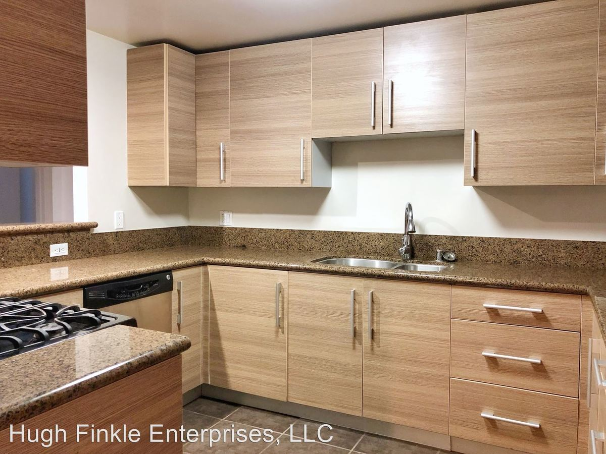 2 Bedrooms 2 Bathrooms Apartment for rent at 11556 Burbank Blvd. in North Hollywood, CA