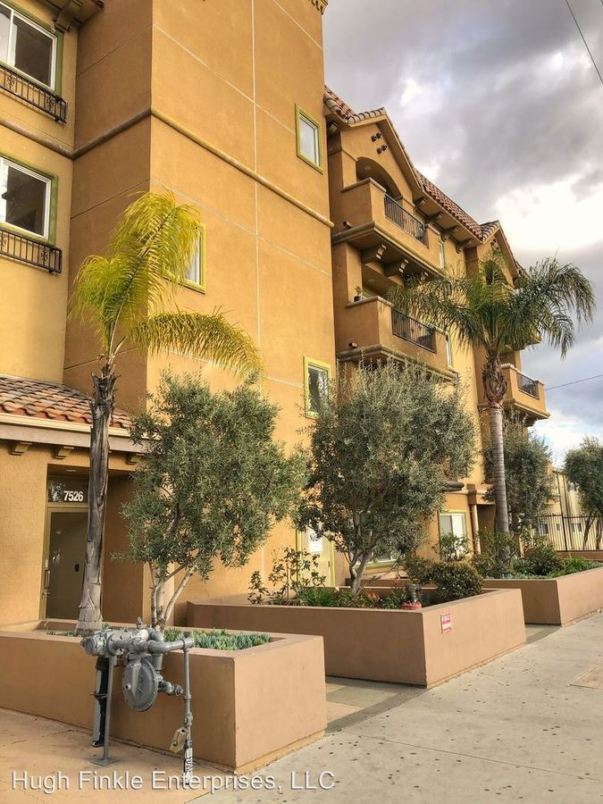 4 Bedrooms 2 Bathrooms Apartment for rent at 7526 N. Laurel Cyn in North Hollywood, CA
