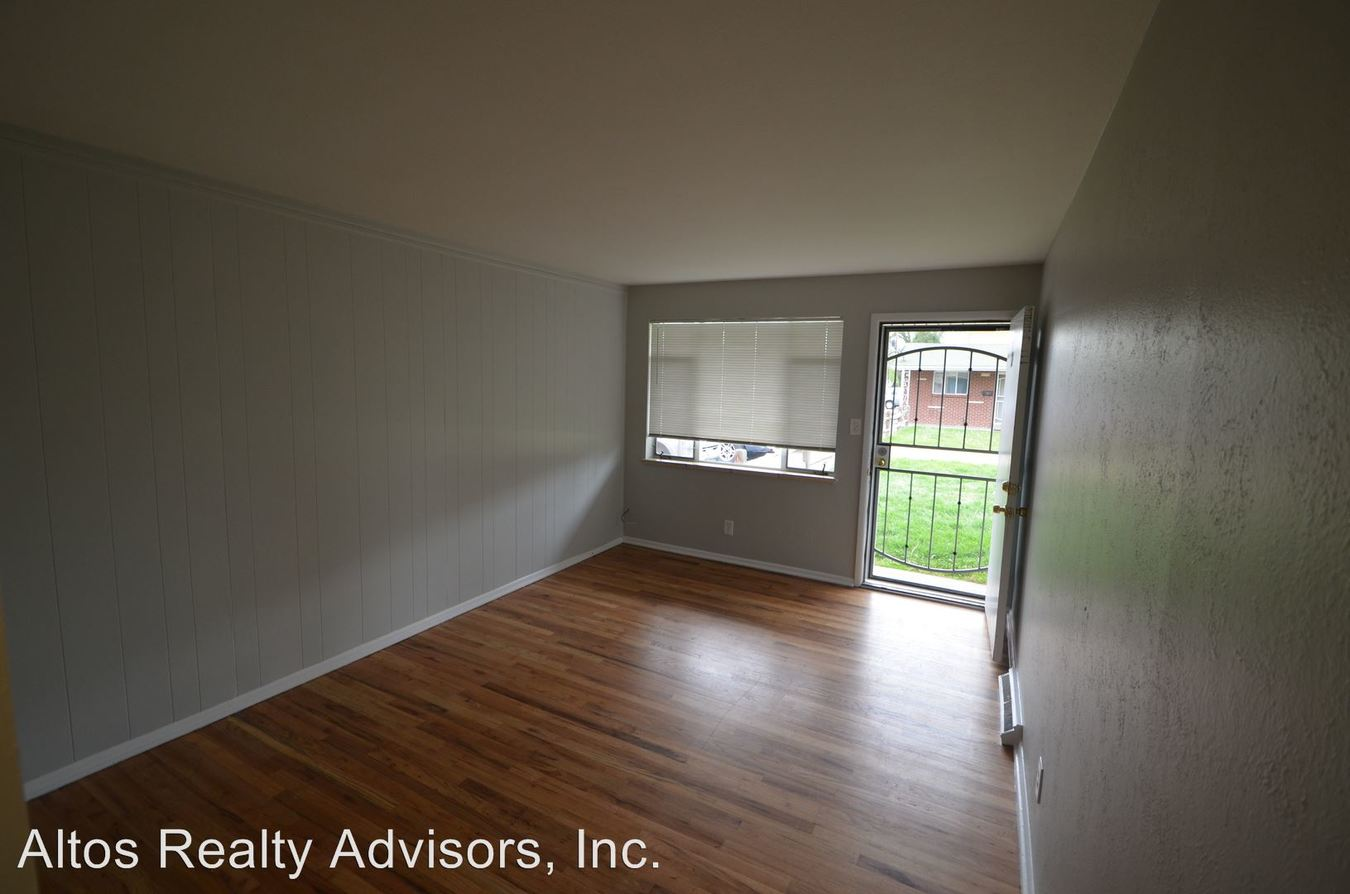 2 Bedrooms 1 Bathroom Apartment for rent at 7615 W 60th Avenue in Arvada, CO