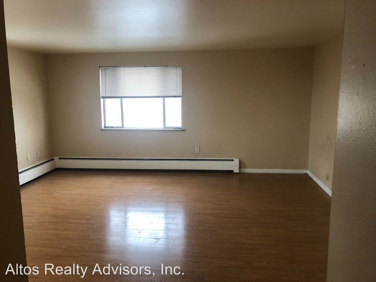 1 Bedroom 1 Bathroom Apartment for rent at 1160-1198 S Allison Street in Lakewood, CO