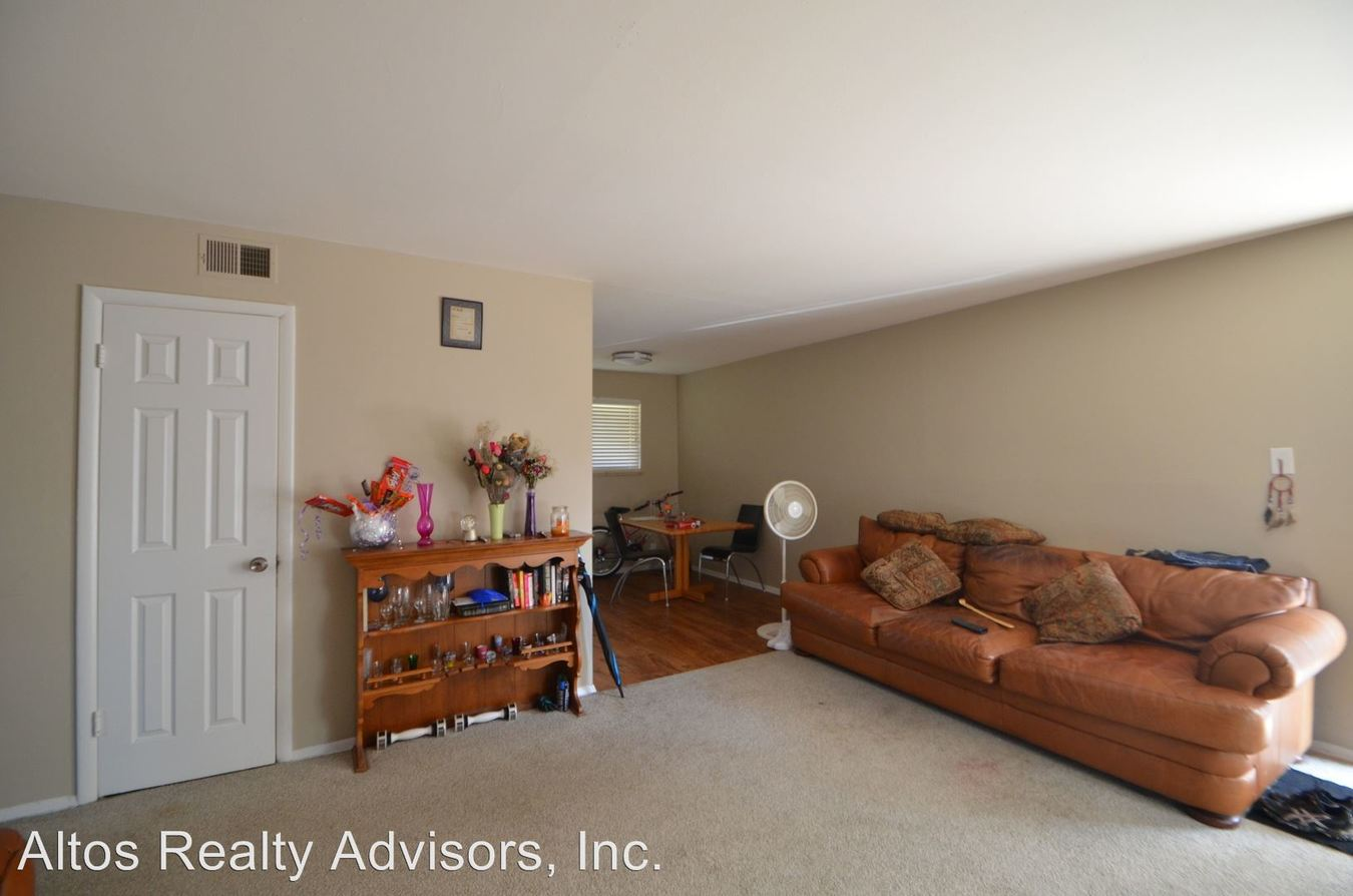 2 Bedrooms 1 Bathroom Apartment for rent at 5545 E Yale Avenue in Denver, CO