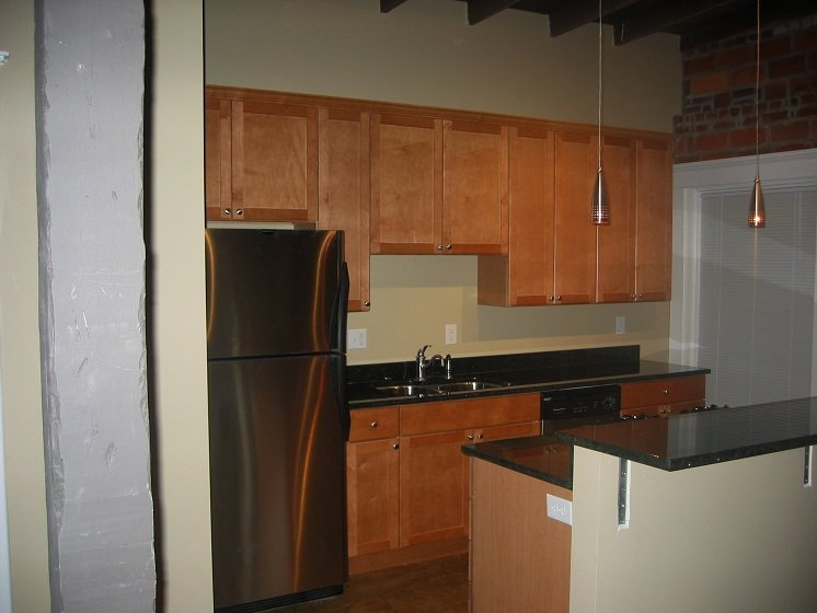 1 Bedroom 1 Bathroom Apartment for rent at 893 N High St in Columbus, OH