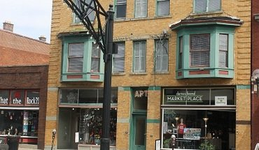 Similar Apartment at 1188 N High St