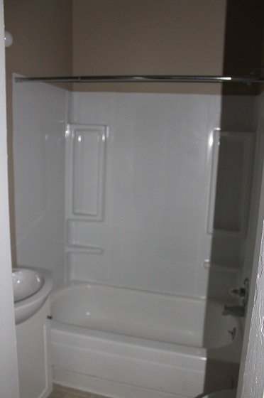Studio 1 Bathroom Apartment for rent at 1188 N High St in Columbus, OH