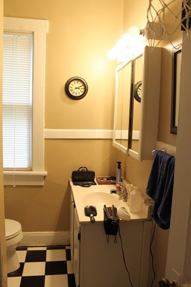 2 Bedrooms 1 Bathroom House for rent at 229 Wilber Ave in Columbus, OH