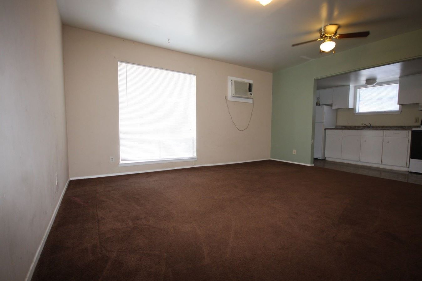 1 Bedroom 1 Bathroom Apartment for rent at 106 Andrews in San Antonio, TX