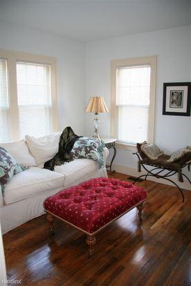 1 Bedroom 1 Bathroom Apartment for rent at 225 Houston Pl in Kalamazoo, MI