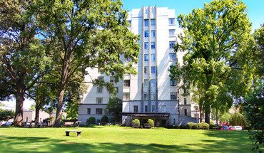 Kimbrough Towers Apartment for rent in Memphis, TN