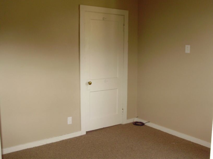 4 Bedrooms 1 Bathroom House for rent at 90 Mcmillen Ave in Columbus, OH