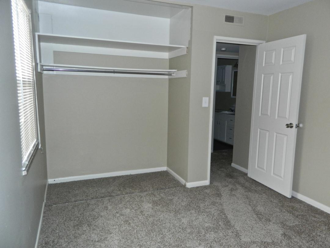 2 Bedrooms 1 Bathroom Apartment for rent at 85 West 9th Ave in Columbus, OH