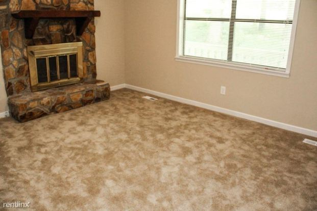 3 Bedrooms 2 Bathrooms House for rent at 7315 Milam Road in Winston, GA