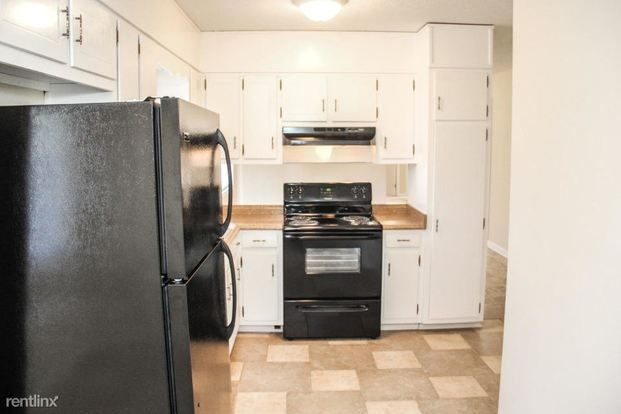 3 Bedrooms 2 Bathrooms House for rent at 7238 Banks Mill Road in Douglasville, GA