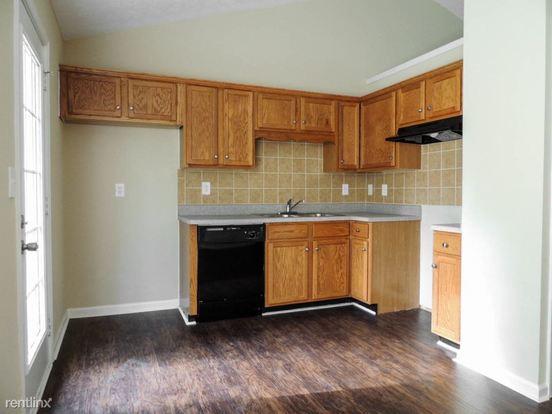 3 Bedrooms 3 Bathrooms House for rent at 7865 Basket Creek Road in Douglasville, GA