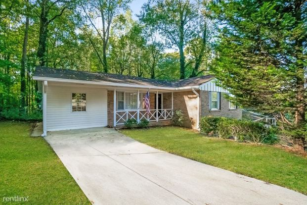2 Bedrooms 2 Bathrooms House for rent at 3394 Kenland Road Se in Smyrna, GA
