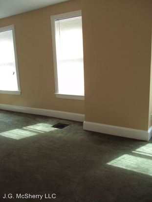 1 Bedroom 1 Bathroom Apartment for rent at 1207 Cottman Avenue in Philadelphia, PA