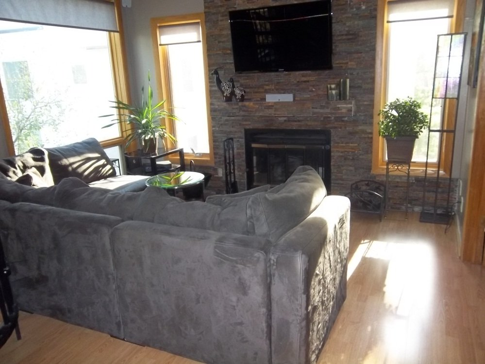 2 Bedrooms 1 Bathroom House for rent at 3025 Lake Shore Dr in Minneapolis, MN