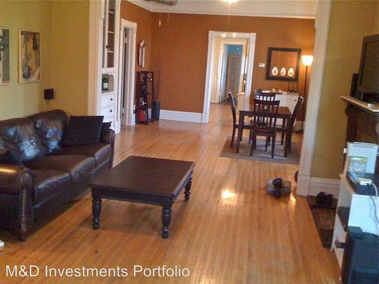 2 Bedrooms 1 Bathroom Apartment for rent at 858 N. Wood in Chicago, IL