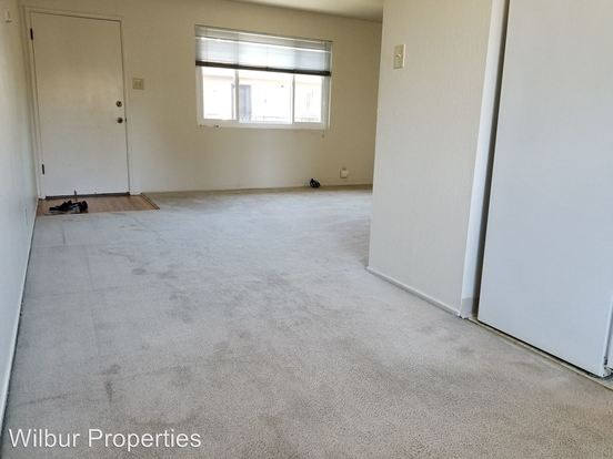 2 Bedrooms 1 Bathroom Apartment for rent at 1045 Santa Cruz Avenue in Menlo Park, CA