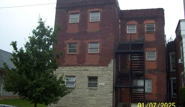 Similar Apartment at 1615 Highland St
