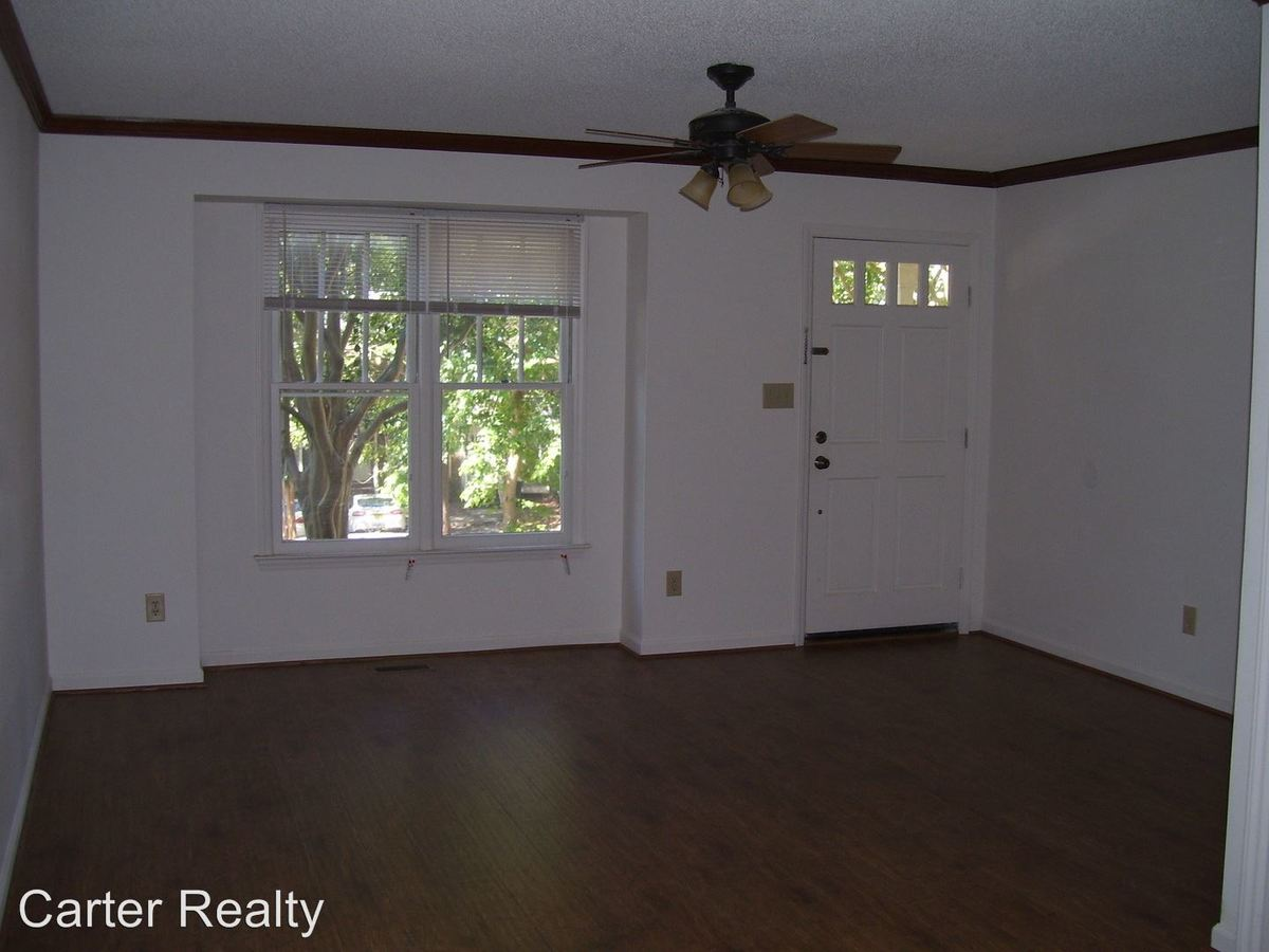2 Bedrooms 1 Bathroom Apartment for rent at Winners Circle in Cary, NC