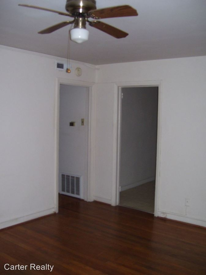 2 Bedrooms 1 Bathroom Apartment for rent at 719 Chamberlain Street in Raleigh, NC