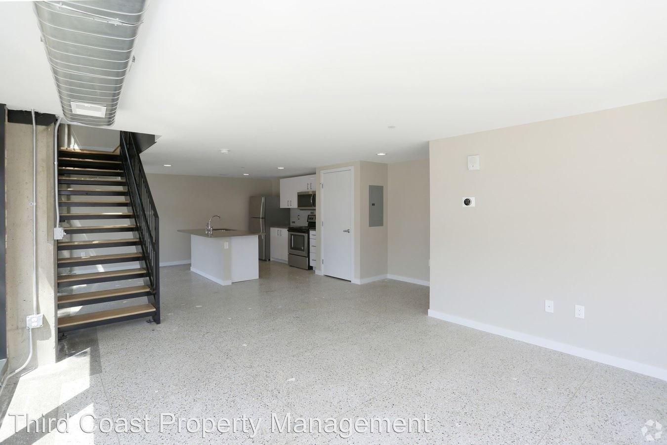 2 Bedrooms 2 Bathrooms Apartment for rent at 25 Jefferson Ave. Se in Grand Rapids, MI