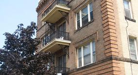 Similar Apartment at 2609 Hennepin Avenue South