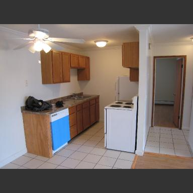 2 Bedrooms 1 Bathroom Apartment for rent at 1906 Clinton Ave S in Minneapolis, MN