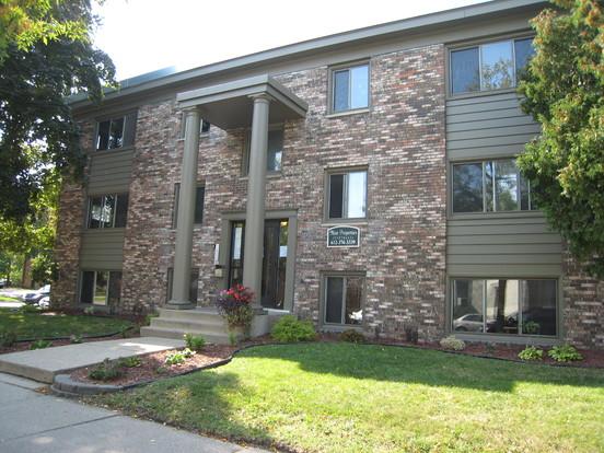 1 Bedroom 1 Bathroom Apartment for rent at 2738 & 2750 Pillsbury Avenue S in Minneapolis, MN