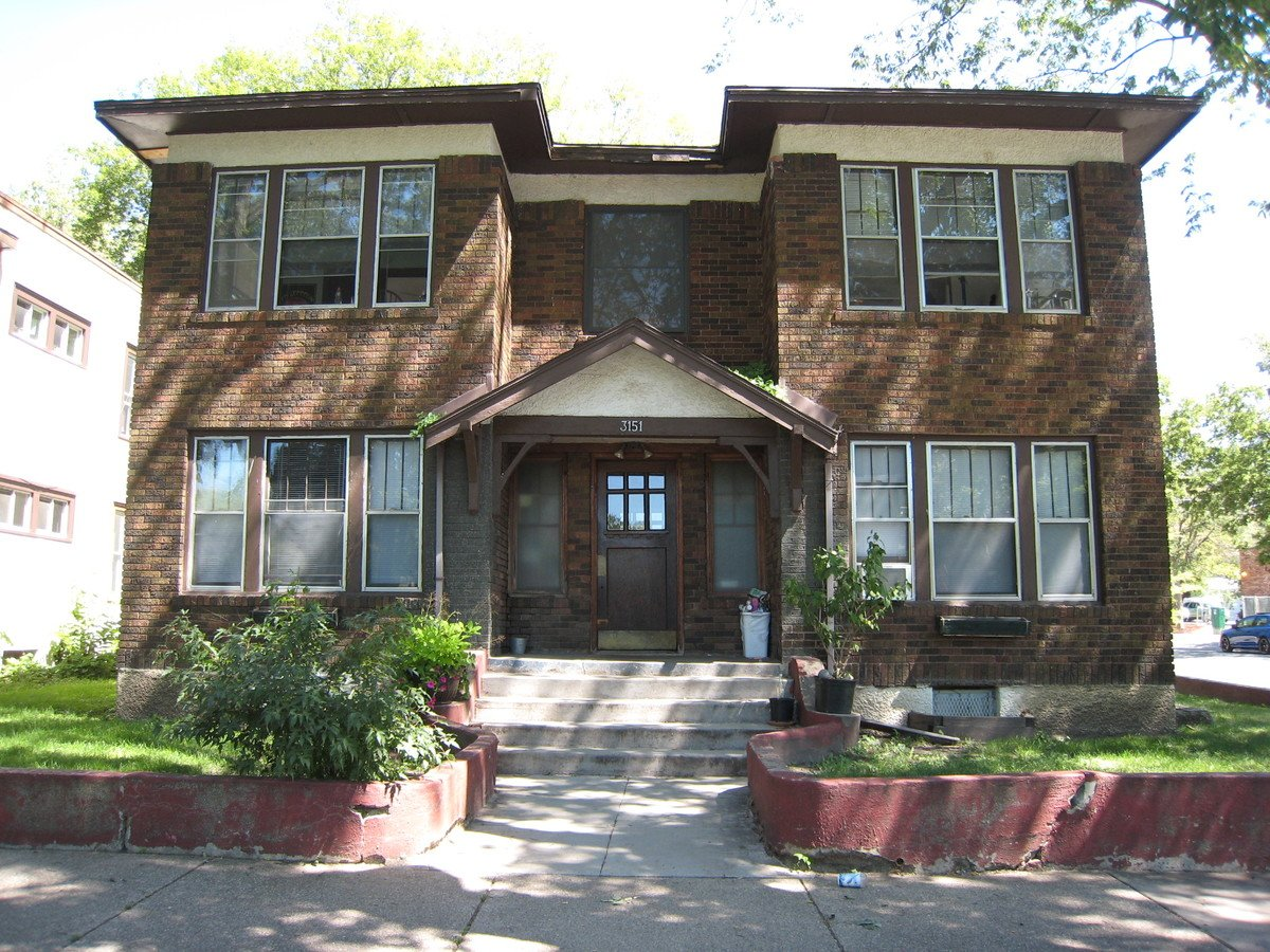 3 Bedrooms 1 Bathroom Apartment for rent at 3151 Aldrich Avenue South in Minneapolis, MN
