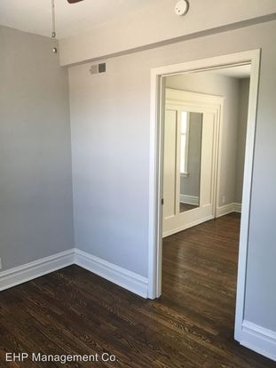 1 Bedroom 1 Bathroom Apartment for rent at 3300 Russell Blvd in St Louis, MO