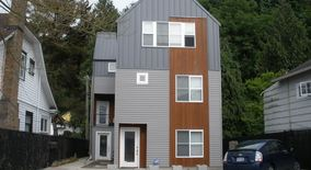 Similar Apartment at 2446 55th Ave Sw,