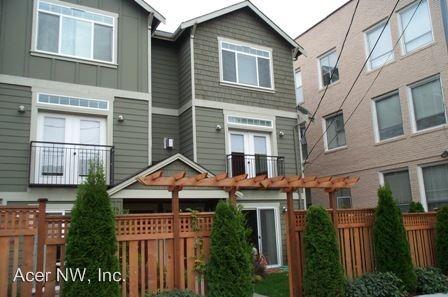 Similar Apartment at 922 Nw 63rd St