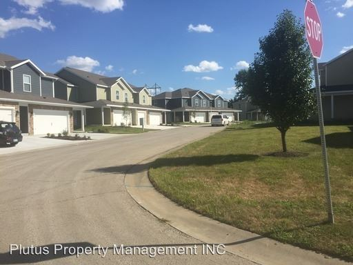 3 Bedrooms 2 Bathrooms Apartment for rent at 15001 15005 W. 64th Street in Shawnee, KS