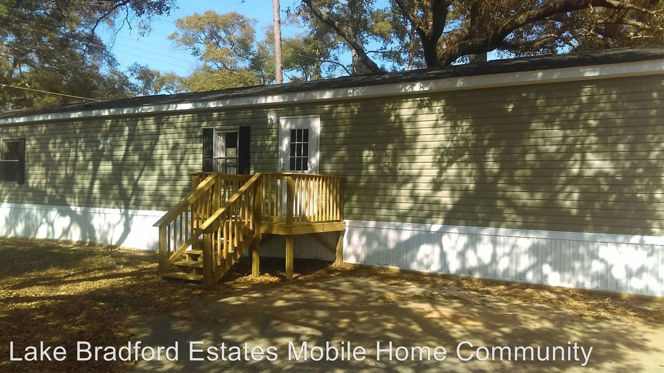3 Bedrooms 2 Bathrooms Apartment for rent at 2775 Cathedral Drive in Tallahassee, FL