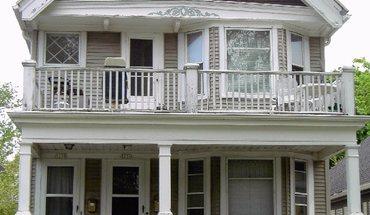 Similar Apartment at 3236 & 3238 N Newhall