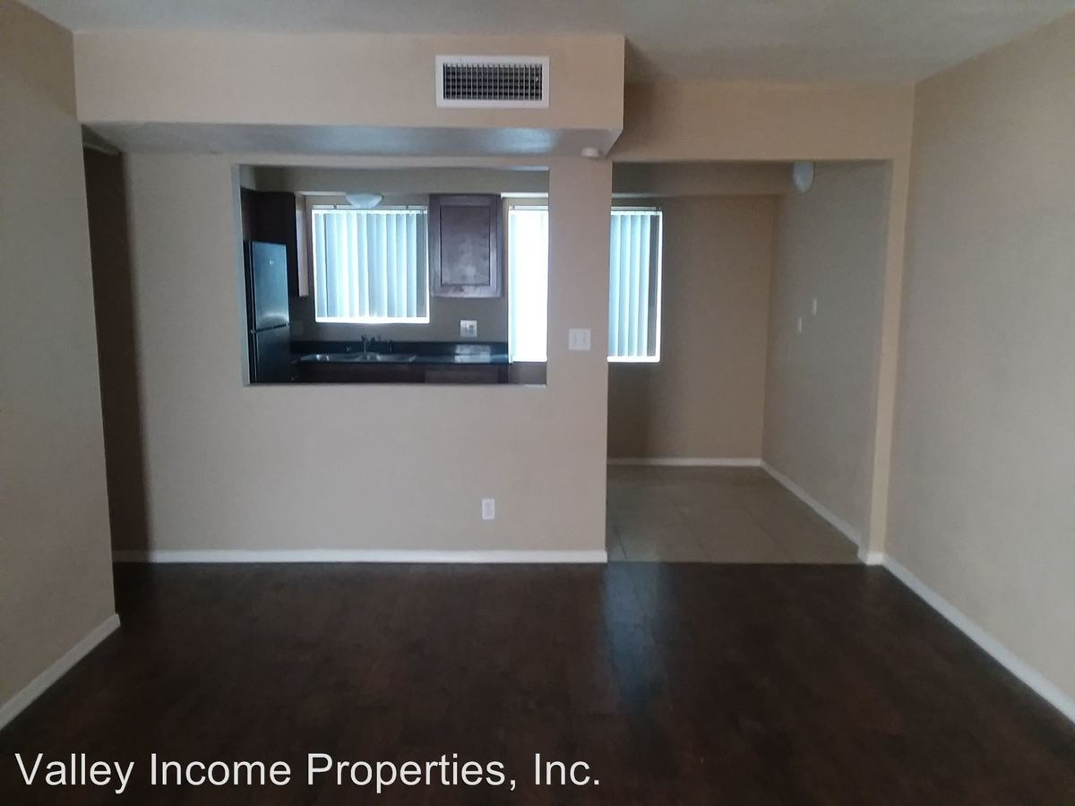 Studio 1 Bathroom Apartment for rent at 2929 N 36th St in Phoenix, AZ