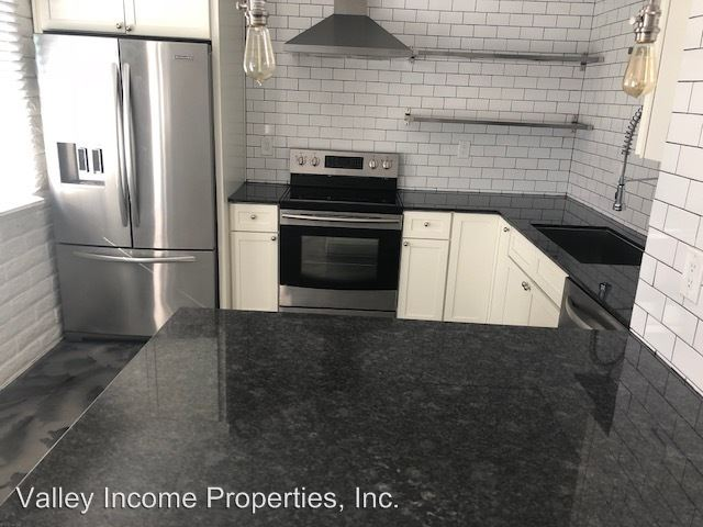 2 Bedrooms 1 Bathroom Apartment for rent at 3212 N 37th St in Phoenix, AZ