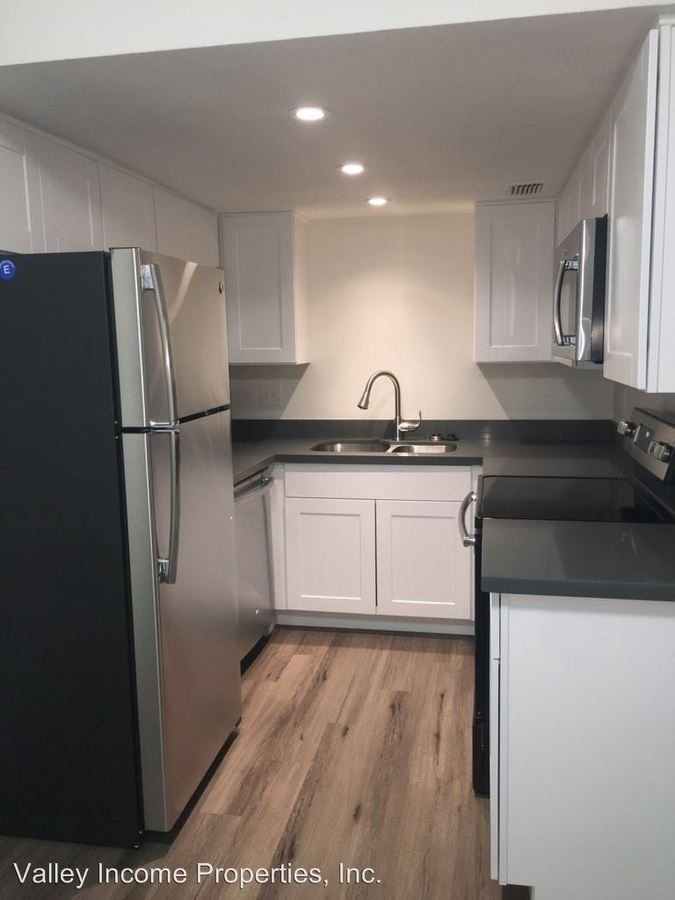 2 Bedrooms 1 Bathroom Apartment for rent at 7125 N 19th Ave in Phoenix, AZ